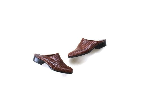 SALE Vintage Brown Leather Mules 6.5 / Woven Leather Mules / Leather Slip Ons