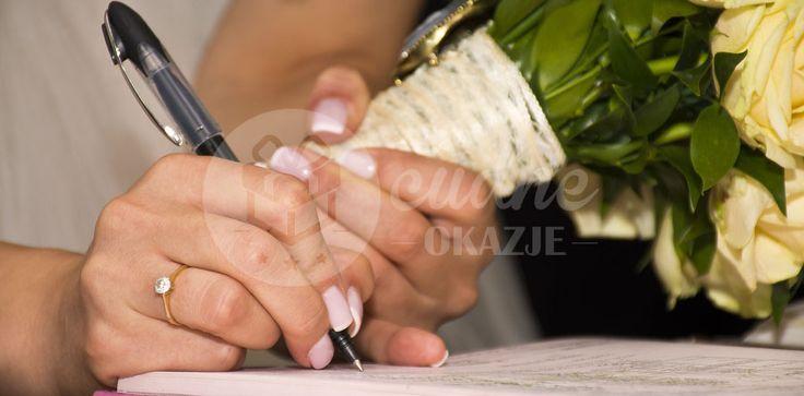 Zastanawiasz się czy brać ślub cywilny czy kościelny? Mimo różnicy pomiędzy tymi uroczystościami to wciąż najważniejszy dzień Waszego odtąd wspólnego życia!