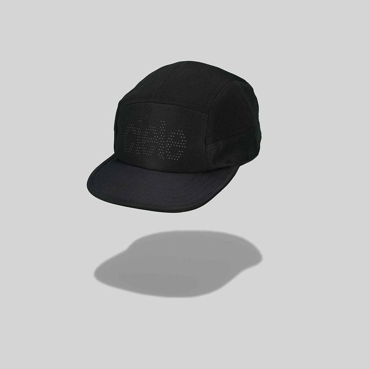 Clean. At a distance it's a basic black cap. Upon closer inspection you'll find our brand laser cut into the front panel backed with a reflective panel for safer night runs. Flip the brim and our Steps pattern shines bright. COOLwick mesh on the top and sides for maximum breathability. So why are you waiting? Everybody Run. #cieleathletics #ciele #toutlemondecourt #everybodyrun