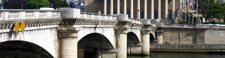 PARIS : Marcher sur la Bastille... au sens littéral... ça vous dirait ? Suivez PCPL pour savoir où c'est possible !  www.parciparla.fr