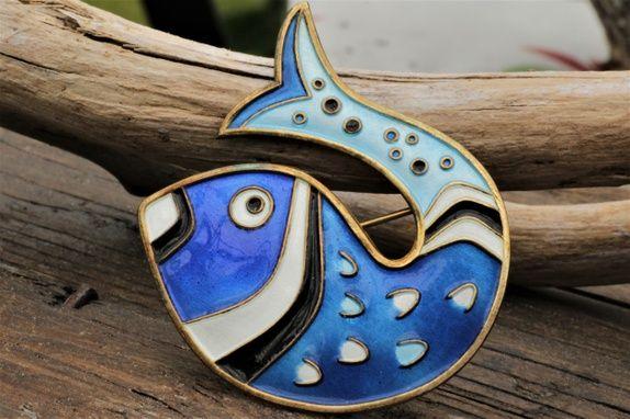 David-Andersen. Brosje, fisk, i sterling sølv med emalje. Vintage