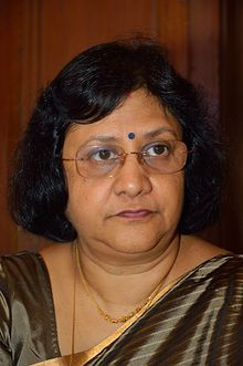 Numero trentasei: Arundhati Bhattacharya is an Indian banker. She is the first woman to be the Chairperson of State Bank of India. Fonti: Wikipedia.