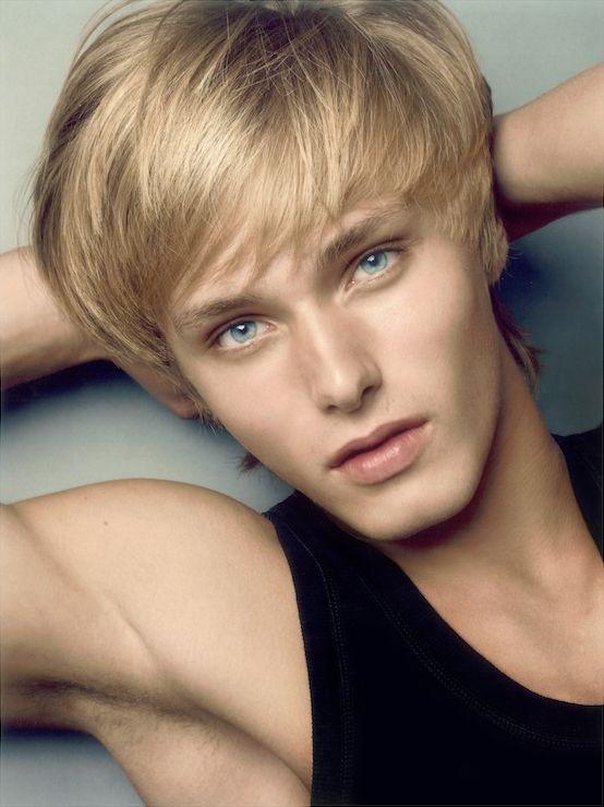 ... 49 Source: farm7.static.flickr.com Valentin Baranov Italian male model