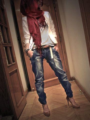 Boyfriend jeans with hijab