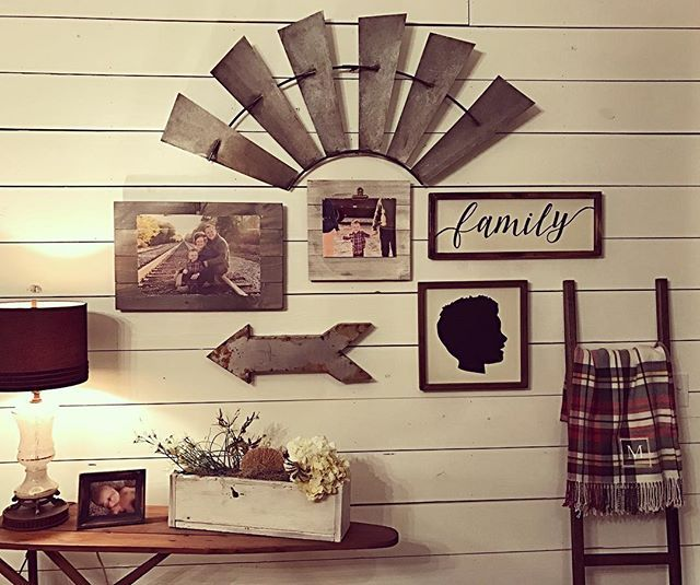 Excited about our collage wall! Family picture, wood frame, silhouette & Family wood sign made by @sweetsouthernsigns They did an awesome job!! Portraits taken by @smithandcophotos Jennifer is an awesome photographer! Windmill purchased at one of my favorite farmhouse stores!!!@thefadedfarmhouse @thegentlemansstache ❤️️#countrylivingmag #mcpetersfarmhouse #housebeautiful #mycountryhome
