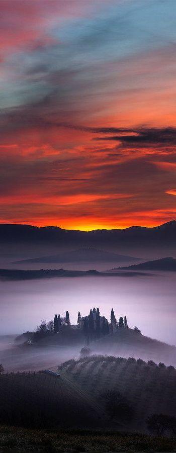 San Quirico d'Orcia, Tuscany, Italy (Photographer: Alberto Di Donato)