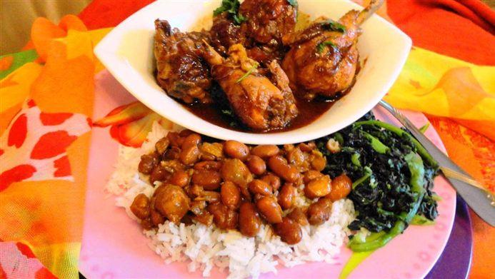 Surinaams eten – B. B. R. Ketjap Kip (luxe bruine bonen met rijst en ketjap kip)