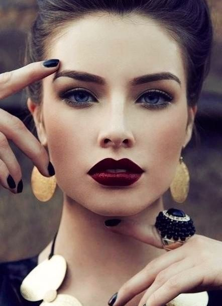 #burgundy #bordeaux #makeup #maquillage Interpretation of accessories #3: Burgundy lips, dark eyes, gold earrings, NARS makeup