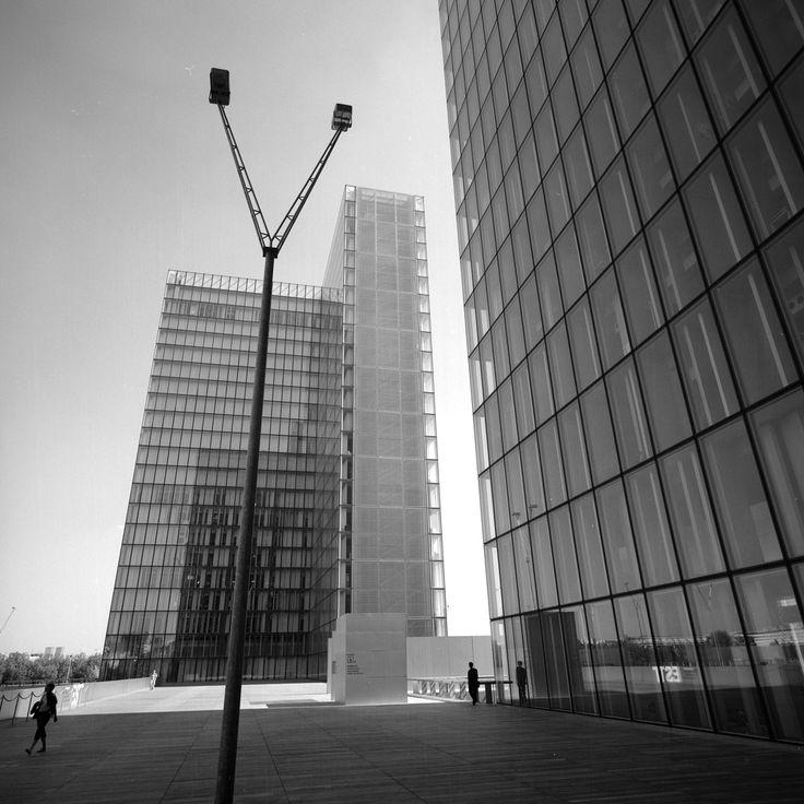 Bibliothèque Nationale de France, Paris, 2001. © Eric Sierins photo.