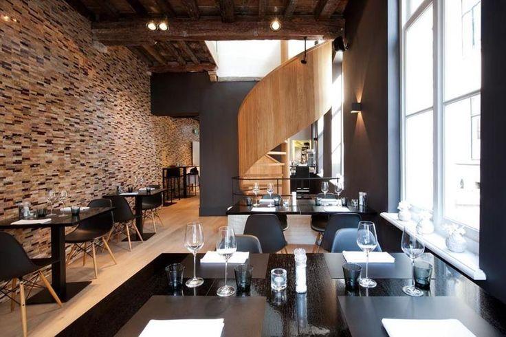 Élue meilleure destination citytrip par les lecteurs du site de voyage Zoover, Bruges possède une offre culinaire extrêmement variée. Aussi ne fait-il pas de doute que la gastronomie brugeoise ait joué un rôle dans le choix des lecteurs.