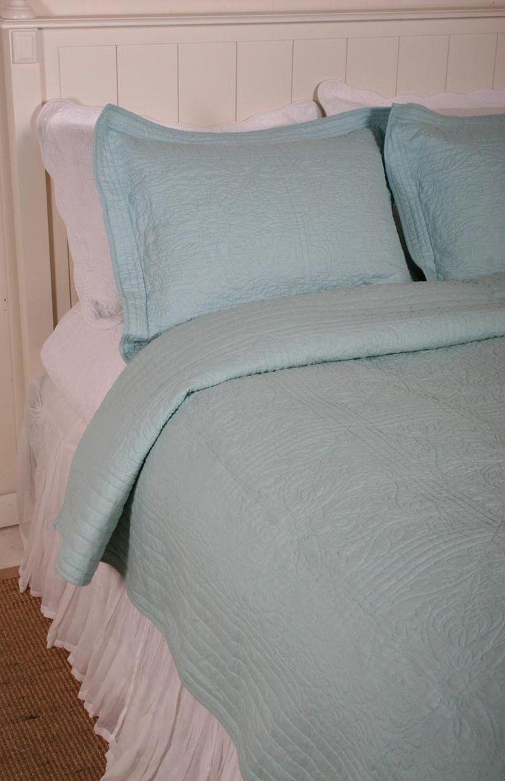 Home Classics Aqua Blue Matelasse Stitch Cotton Quilt