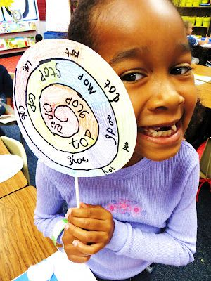 Lollipops for short o- love!  First Grade Wow: Lollipops and Dots- Short O Rocks!