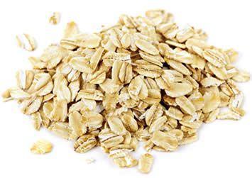 Fiocchi d'Avena:  Generalita' sui Fiocchi di Avena; Tipologie, Gastronomie e Caratteristiche Nutrizionali.  br /  I fiocchi d'avena (o di avena) - in inglese Rolled Oats - sono un alimento di origine vegetale a base di cereali; nello specifico, si tratta dei semi della pianta erbacea identificata dalla nomenclatura binomiale Avena sativa.