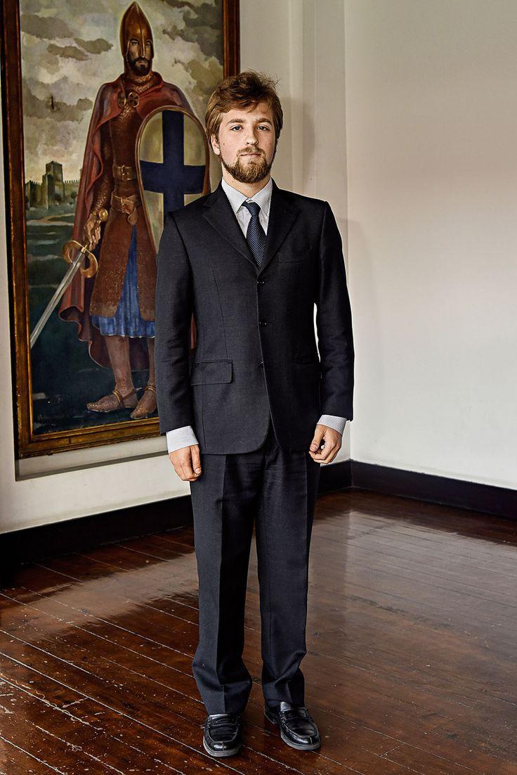 Principe Afonso de Bragança (Primogénito) - http://images-cdn.impresa.pt/caras/2016-04-19-JNS-PB36-2.JPG?mw=820
