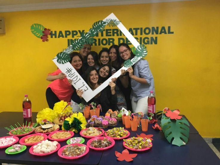 Celebrando el día internacional del diseño interior con mis estudiantes de LCI Barranquilla. #ACDI @cpnaa #diseñadoresdeinteriores #diseñocolombiano #diseñointerior #WID