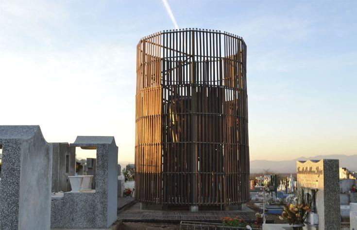 """Galería de """"Los Caminos del Agua"""": un nuevo hito para el cementerio de Pencahue, Chile - 1"""