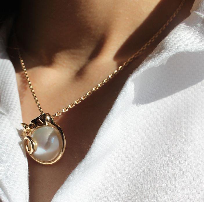 #pendant #necklace #18kgold #australianpearl #pearl #london #annalubomirska