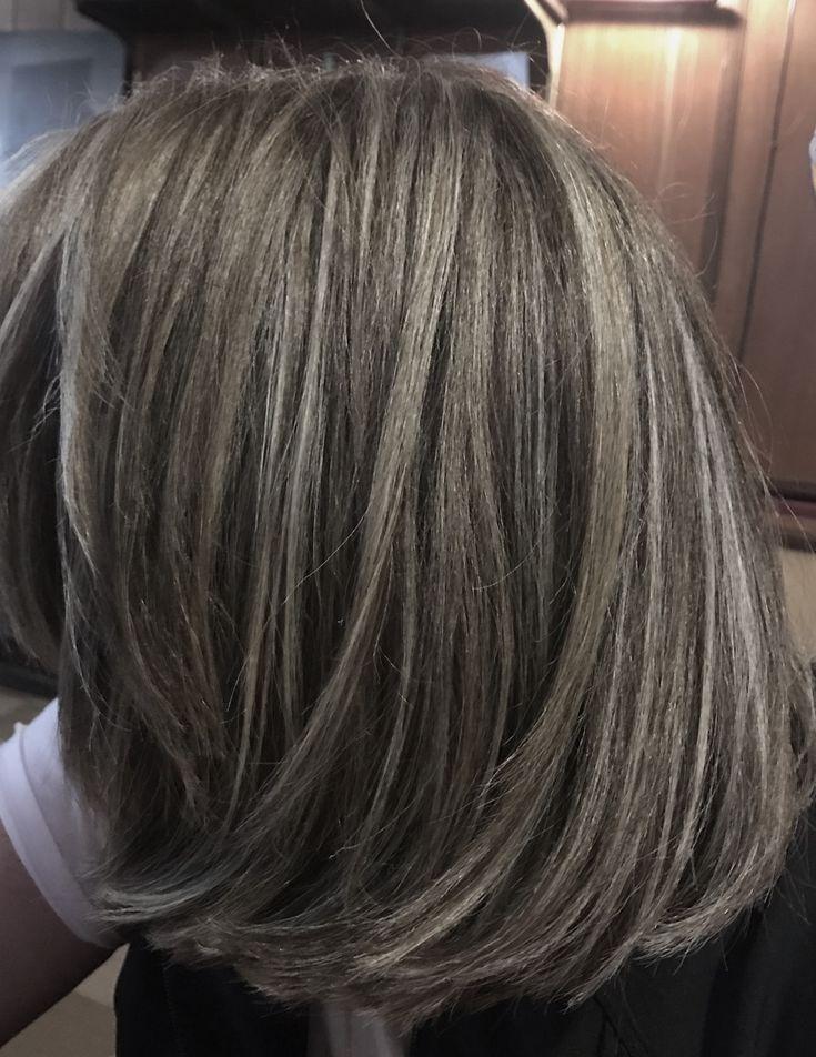 Grau Hervorgehobenes Haar Zum Ubergang Von Braun Ich Bin Auf Dem
