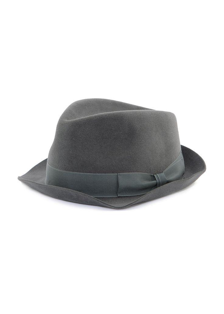 Federico Curradi - FW16- Menswear // Grey furfelt hat