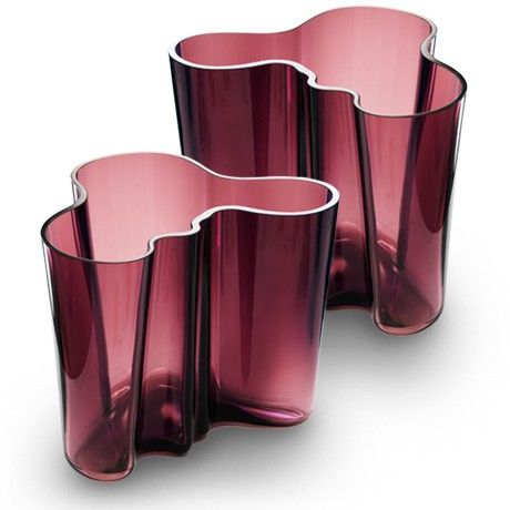 The Aalto vase dates back to 1936 and was first presented at the Paris World Fair the following year.