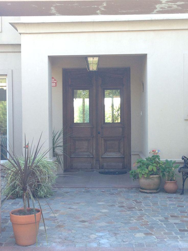 Puerta de entrada fachadas de casas pinterest puerta - Puertas de entrada de casas ...
