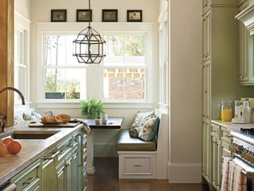 1000 ideas about small country kitchens on pinterest country kitchens small master bedroom. Black Bedroom Furniture Sets. Home Design Ideas