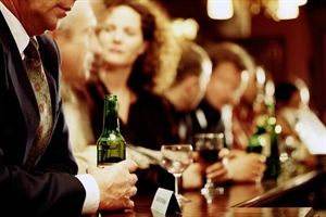 The 4 Stages of Alcoholism for the Functioning Alcoholic