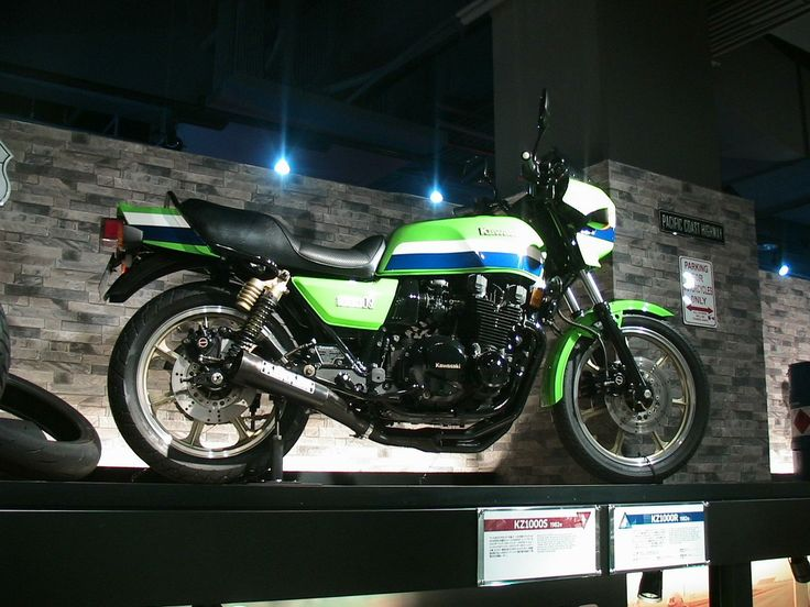152 best images about Kawasaki Z1000R Eddy Lawson replica ...