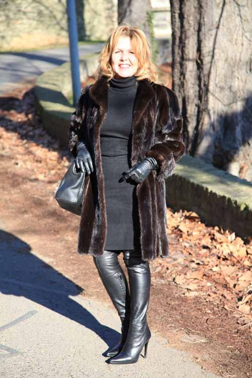 Fur, gloves and thigh boots