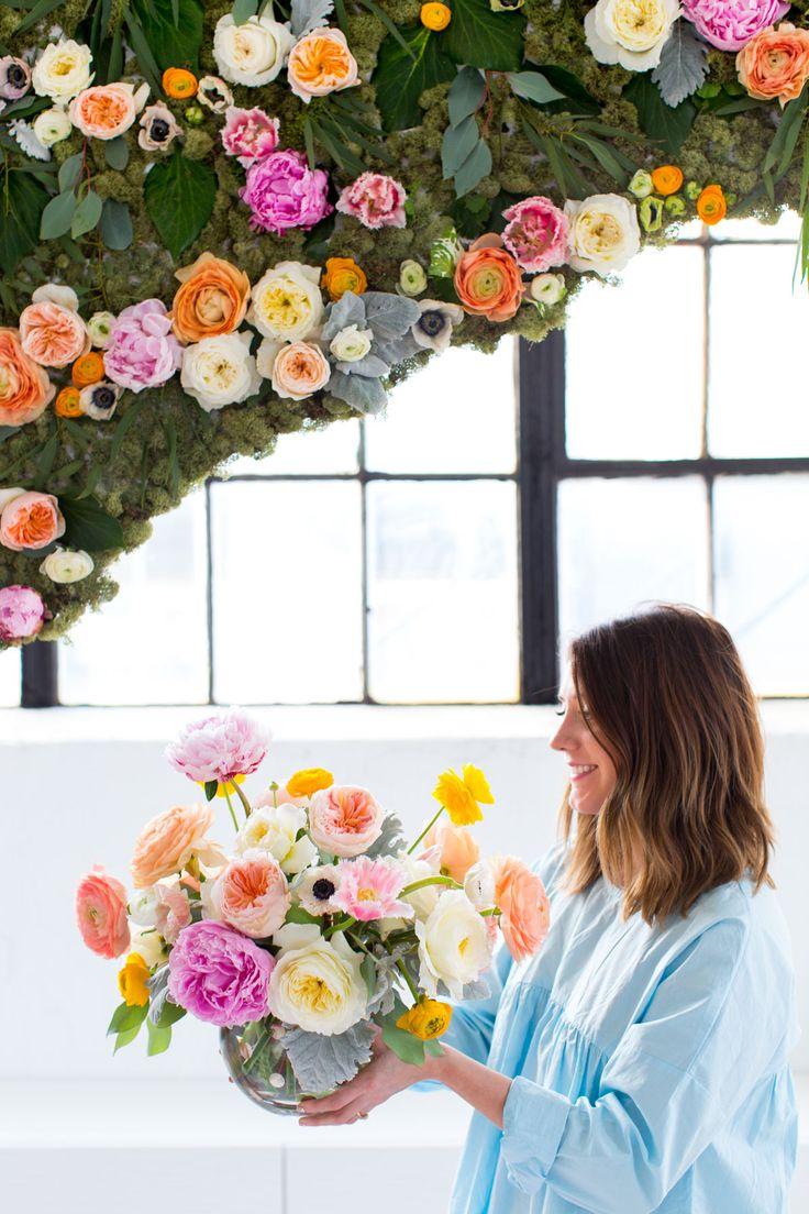 Diy Wall Flowers: 25+ Gorgeous Flower Installation Ideas On Pinterest