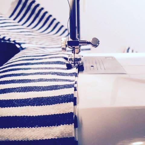 Confezioniamo i nostri prodotti con sacchetti di stoffa cuciti da noi