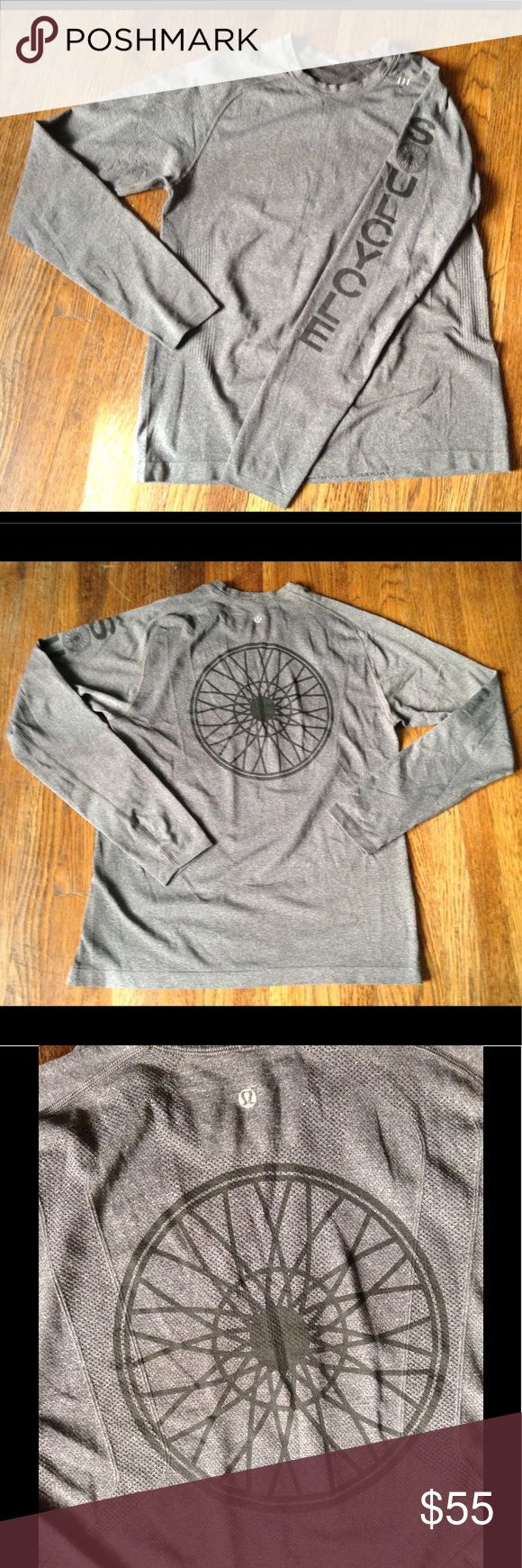 """Lululemon Soul Cycle Vented Track Shirt Men's Gray Long Sleeve Lululemon Soul Cycle Vented Track Shirt. Crew Neck. Size: M ... Measures : Length: 26"""" ... Sleeve: 22"""" ... Pit to Pit: 20"""" Excellent Condition Lululemon / Soul Cycle Shirts Tees - Long Sleeve"""