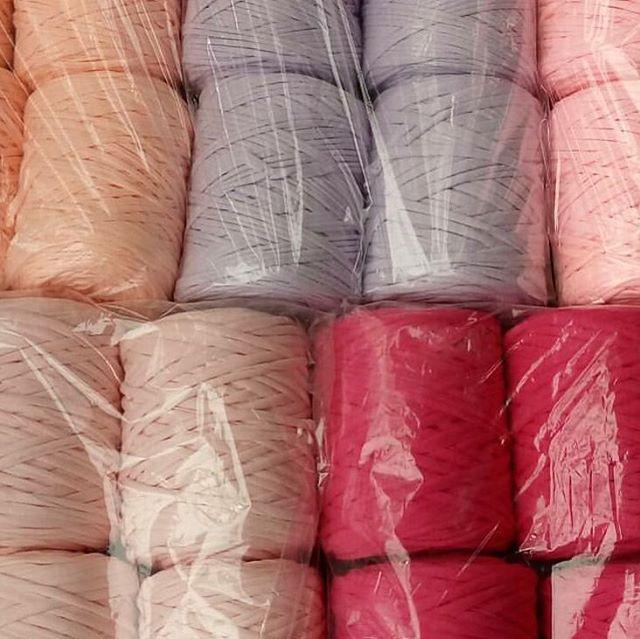 En güzel renklerle açıldık Açılışa özel kargo bedavadır bobin adet 10 tl . #penyeip #yarn #knitting #örgü #penyesepet #penyepaspas #elişi #spagetti http://turkrazzi.com/ipost/1519023884677852734/?code=BUUqCzLjq4-