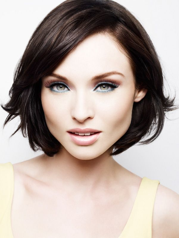 Sophie Ellis Bextor . Such a beauty - and I love her music!