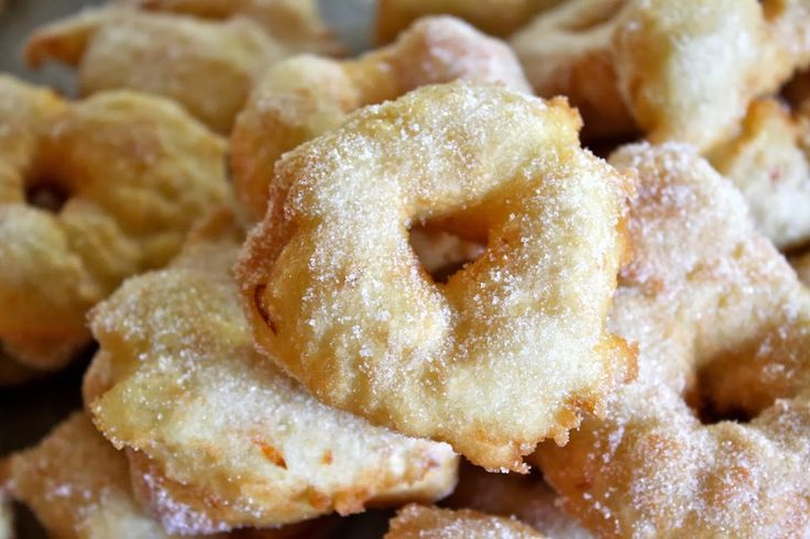 Every year, my mother makes these frittelle (a type of Italian doughnut), for Christmas Eve and we stuff ourselves silly because we just can't help it…they're so good! Just like C…