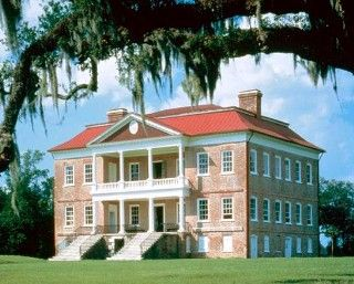 Charleston, SCThe oldest preserved original plantation home in the United States is Drayton Hall, built in 1738.*