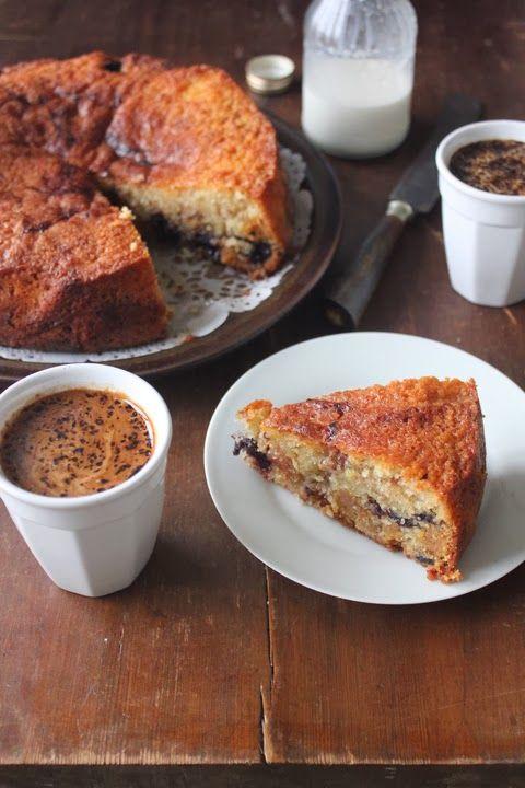Kirsebærkage m. marcipan   http://krissers-cookiecrumble.blogspot.dk/2014/02/kirsebrkage-m-marcipan.html