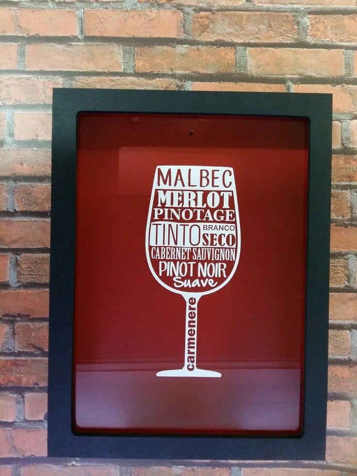Quadro Porta Rolhas - Vinhos Preto/vermelho - R$ 93,99 no MercadoLivre