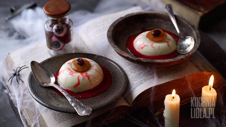 Halloweenowa panna cotta