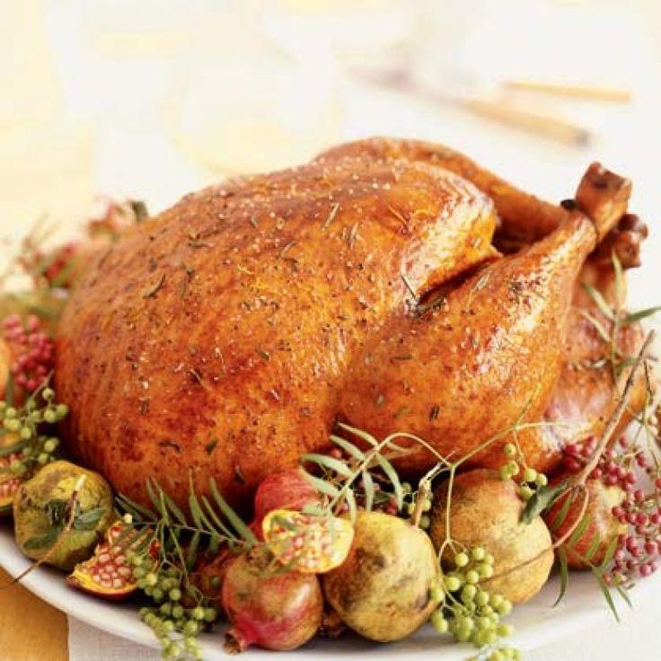 Γαλοπούλα Χριστουγεννιάτικη γεμιστή - gourmed.gr
