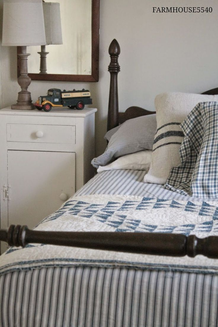 60 Classic Vintage Farmhouse Bedroom Ideas 125