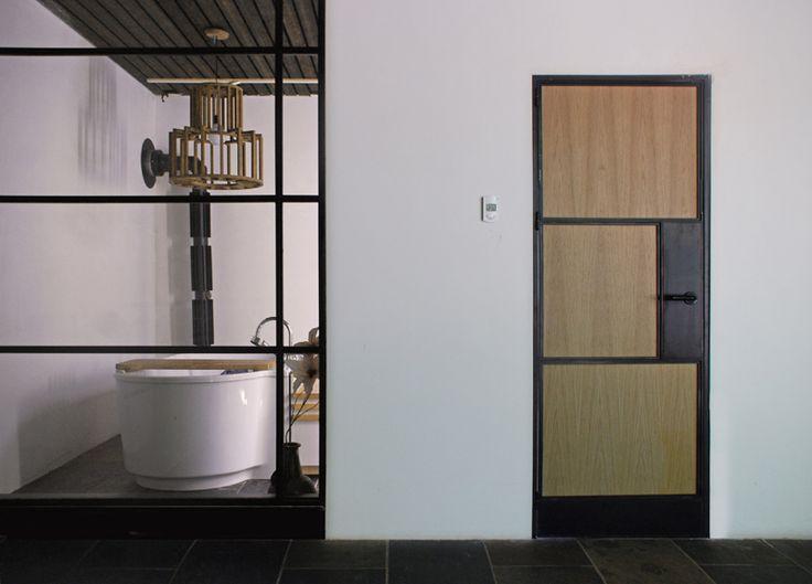 17 beste idee n over art deco badkamer op pinterest art deco decor badkamer behang en art deco - Deco master suite met badkamer ...