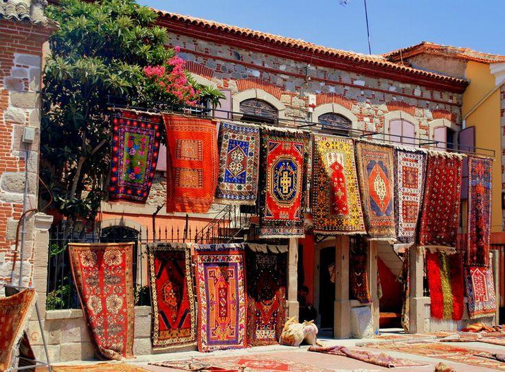 Pergamon's Carpets, Izmir