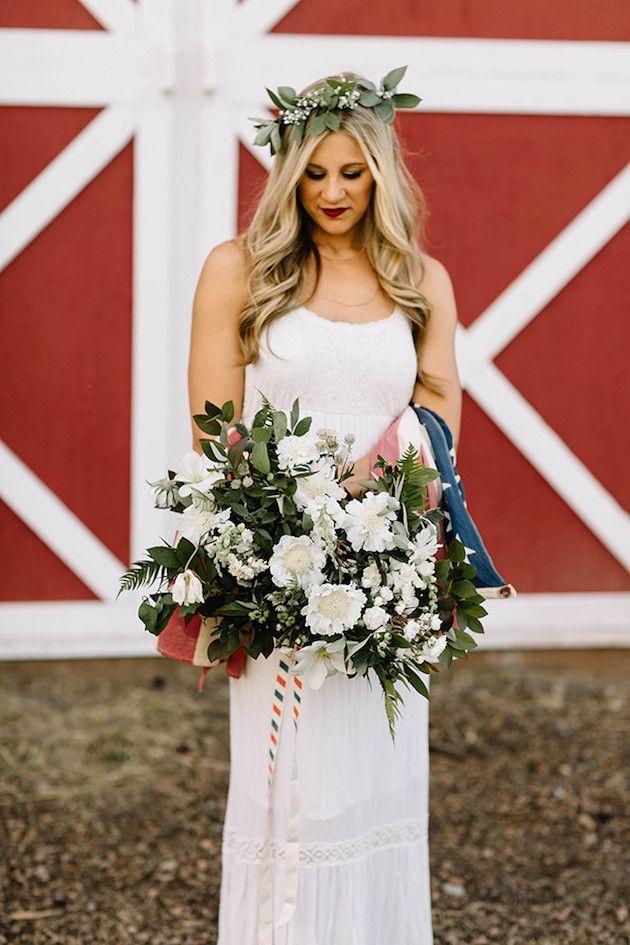 4th of July Wedding | Cool Americana Wedding Inspiration | Gina Paulson Photography | Bridal Musings Wedding Blog