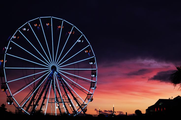 https://hdqwalls.com/wallpapers/ferris-wheel-sunset-clouds-5k-c9.jpg