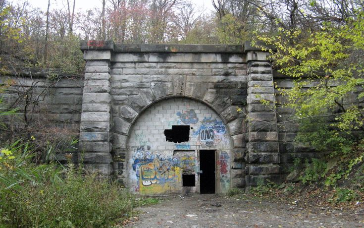 Abandoned Blue Ghost/Merritton Tunnel. St. Catharines, Ontario, Canada.