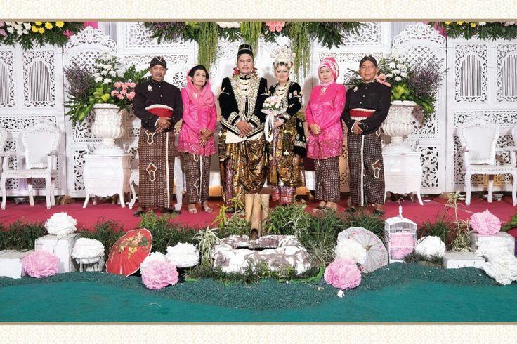 Javanese Wedding Pic 9