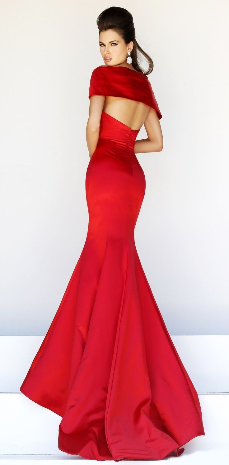 32 best images about Dresses on Pinterest | Red gowns, Mermaids ...