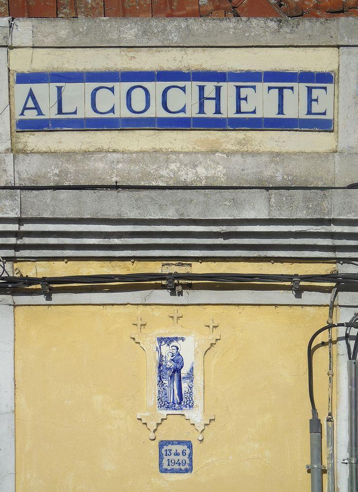 Alcochete   Registo de Santo António / Register of Saint Anthony [© Ana Almeida] #Azulejo #AzulejoDoMês #AzulejoOfTheMonth #Santos #Saints
