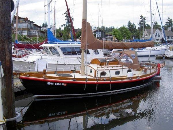 1980 30' Used Eric Jr  Pocket Passage Maker Cruiser Sailboat